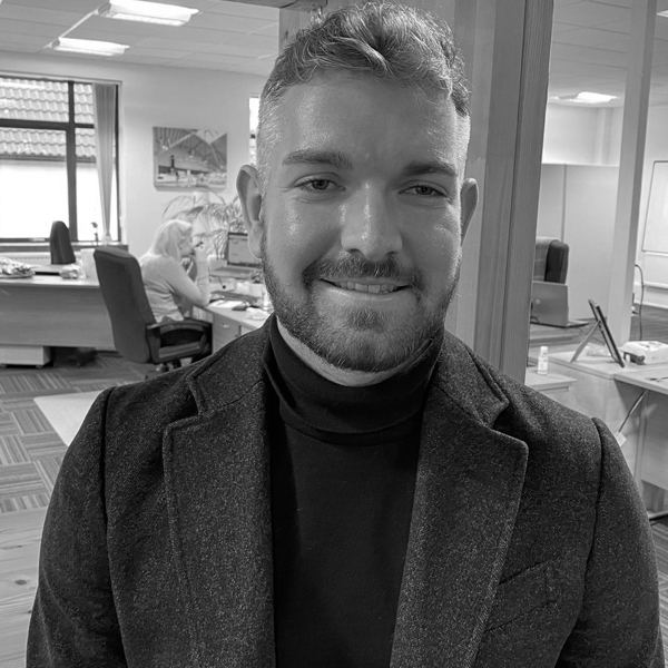 We welcome Matt Davies Sales and Marketing Divisional Lead to ARV Solutions